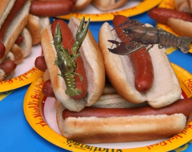 crawfishhotdogcompetition